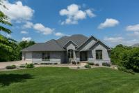 14331 Heatherwood Court, Dubuque, IA 52002