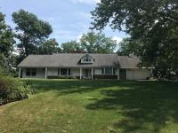 1444 Rockdale Road, Dubuque, IA 52003