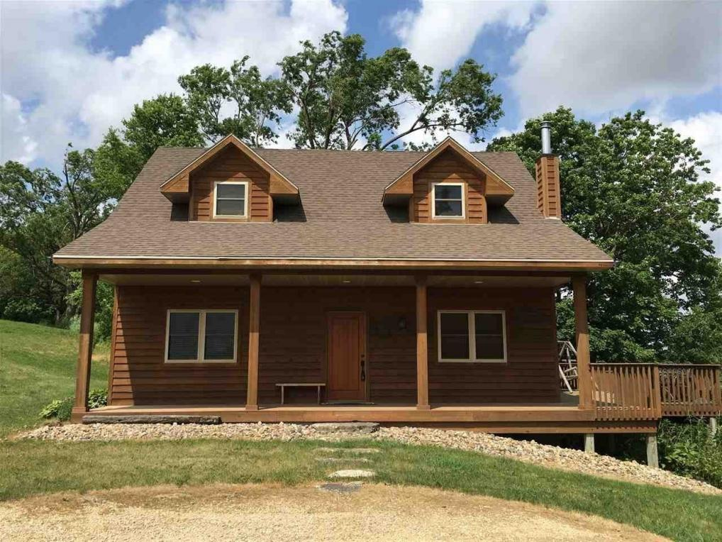 24509 Ridge Road, Holy Cross, IA 52053