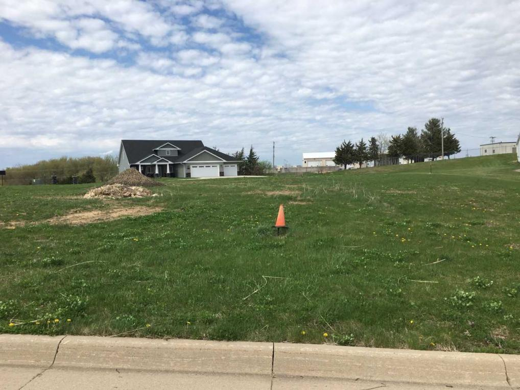 lot 273 Forest Hills Drive, Dubuque, IA 52002