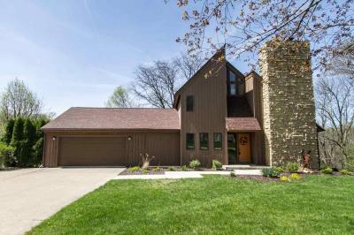 Photo of 2215 Aspen Drive, Dubuque, IA 52001