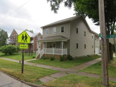 Photo of 402 State Street, Bellevue, IA 52031