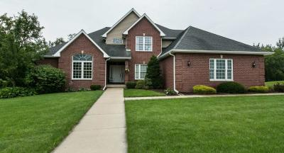 Photo of 2866 Castle Woods Lane, Dubuque, IA 52001