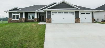Photo of 2062 Creek Wood Drive, Dubuque, IA 52003