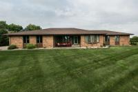 201 Parklane Drive, East Dubuque, IL 61025
