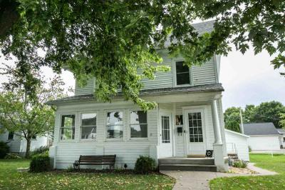 Photo of 103 N 6th Street, Bellevue, IA 52031