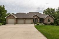 8216 Wildlife Ridge, Dubuque, IA 52003