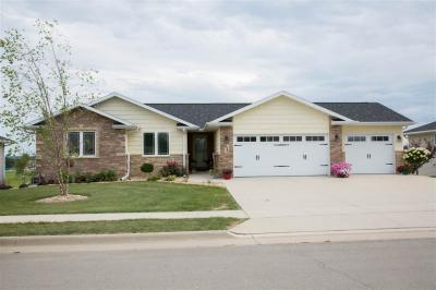 Photo of 6340 Osage Drive, Dubuque, IA 52002