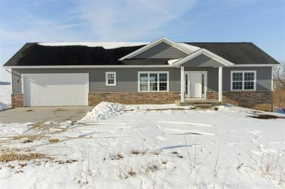 Photo of 22191 Ebys Mill Road, Cascade, IA 52033