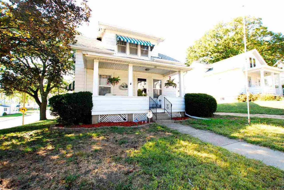 315 North Booth St., Dubuque, IA 52001