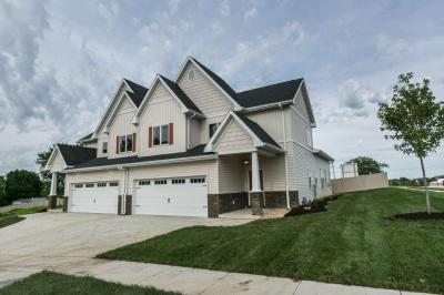 Photo of 2480 Fieldstone Court, Dubuque, IA 52003
