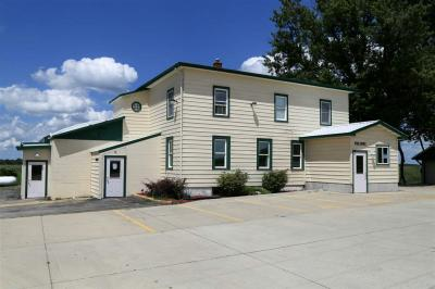 Photo of 7653 Old Highway Road, Peosta, IA 52068