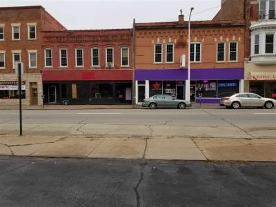 Photo of 1858 Central Avenue, Dubuque, IA 52001