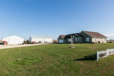 Photo of 21442 Pilot Grove Road, Epworth, IA 52045