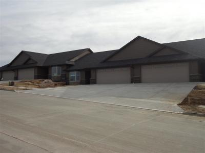 Photo of 604A Pimlico Way, Epworth, IA 52045