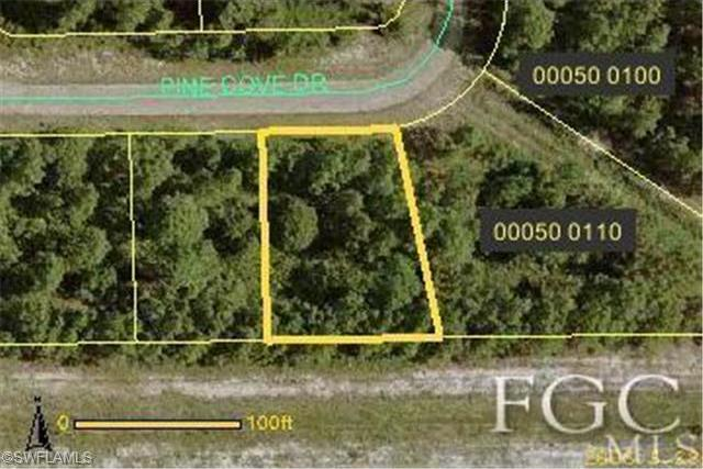 1054 Pine Cove Dr, Lehigh Acres, FL 33936