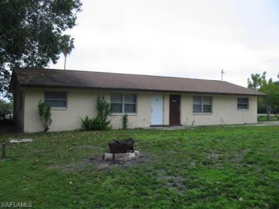 Photo of 1042 Old Bridge Rd, North Fort Myers, FL 33917