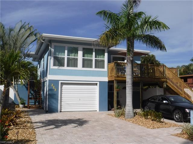 223 Pearl St, Fort Myers Beach, FL 33931