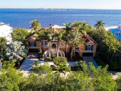 Photo of 1077 Bird Ln, Sanibel, FL 33957