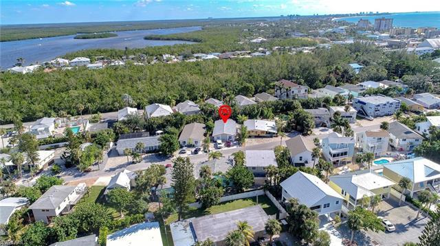 230 Fairweather Ln, Fort Myers Beach, FL 33931