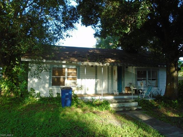 1112/1114 3rd Way, North Fort Myers, FL 33903