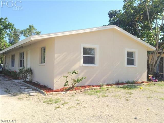 1954 S Pine Dr, Fort Myers, FL 33907