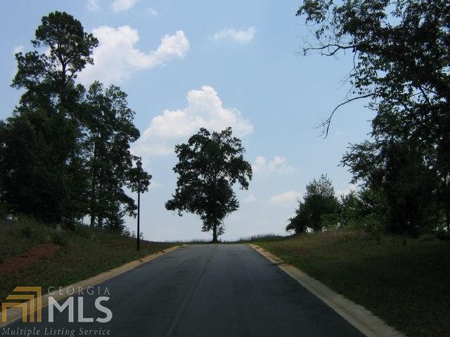 112 Bonny Oaks Ln, Lagrange, GA 30240