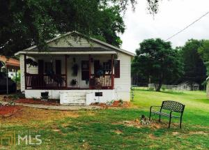 170 Peachtree St, Lavonia, GA 30553