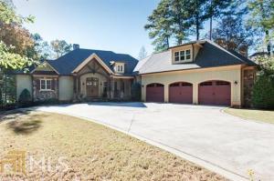 1081 Hawthorne Hts, Greensboro, GA 30642