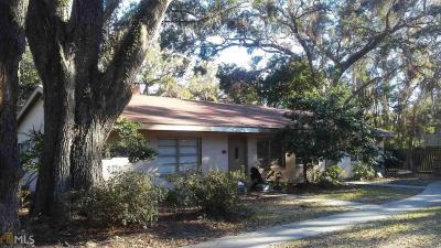 Photo of 422 Park Ave, St Simons, GA 31522