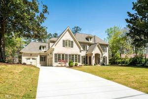 4067 Land O Lakes Dr, Atlanta, GA 30342