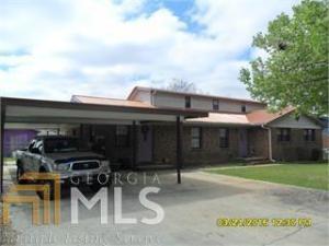65 Mathew St, Fort Valley, GA 31030