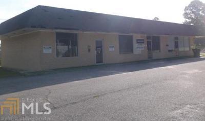 Photo of 327 N Duval, Claxton, GA 30417