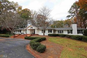 1035 W Wesley Rd, Atlanta, GA 30327
