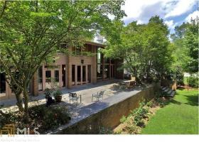 1671 Friar Tuck Rd, Atlanta, GA 30309