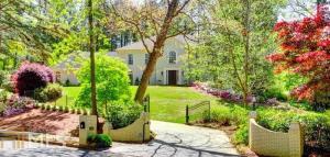 1360 Beechwood Hills Ct, Atlanta, GA 30327
