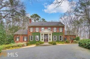 1740 Nancy Creek Blf, Atlanta, GA 30327