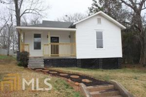 28 Perry St, Manchester, GA 31816