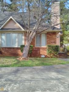 2781 SE Country Ct, Conyers, GA 30013