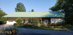 809 Pear Tree Ln, Hiawassee, GA 30546