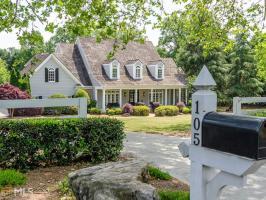 105 Old Cedar Ln, Milton, GA 30004