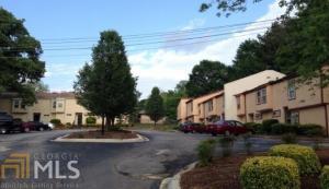2041 Oak Park Ln, Decatur, GA 30032