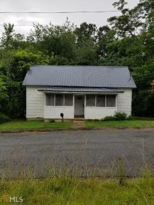 102 Savannah St, Newnan, GA 30263