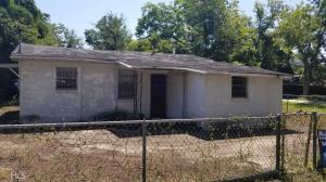 210 Johnson St, Millen, GA 30442