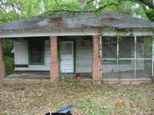 3521 Log Cabin Dr, Macon, GA 31204