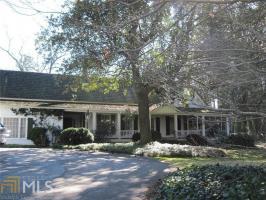 208 Dodd Rd, Commerce, GA 30529