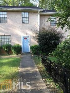 211 Debbie Ln, Jonesboro, GA 30238