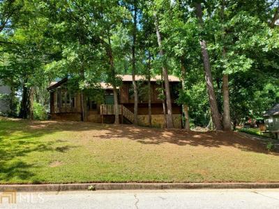 Photo of 6694 Live Oak Ln, Douglasville, GA 30135