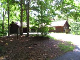 319 Queen Cove Rd, Blairsville, GA 30512