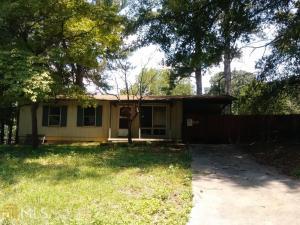720 Blueridge Dr, Forest Park, GA 30297